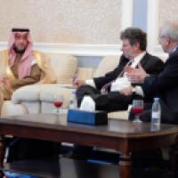 Commissioners Clifford D. May and John Ruskay speak with Dr. Tawfiq bin Abdulaziz al-Sudairy, Vice Minister, Ministry of Islamic Affairs, Call, and Guidance